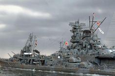 IJN battleship Yamato & IJN destroyer Suzutsuki models.