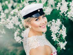 Graduation Photoshoot, Feel Good, Captain Hat, Photography, Outfits, Instagram Ideas, Photoshoot Ideas, Portraits, Marketing