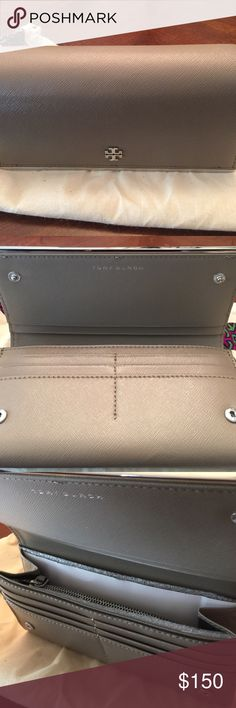 Tory Burch Robinson Patent Env Continental Wallet French Gray/Silver Logo and Hardware Tory Burch Bags Wallets