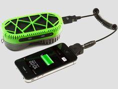 O Powertrekk usa água para recarregar gadgets