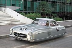 Flying classic car by french photographer Renaud Marion | heise Autos