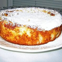 Hungarian Rizskoch (Rice Pudding Cake) We are charged with bringing 'something sweet' to Bruce and Barb's on Islesford for Sunday supper. Since we're eating carefully at the moment, we didn't have much in the way of sweet to work with. But Miklos has. Hungarian Desserts, Hungarian Cake, Hungarian Cuisine, Ukrainian Recipes, Croatian Recipes, Hungarian Recipes, Hungarian Food, German Recipes, Ukrainian Food