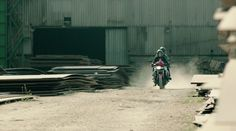 https://medium.com/@bakibak/what-motorcycle-thiefs-know-that-you-don-t-2938b670469e