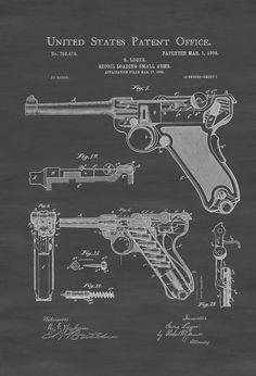 Un cartel de impresión patente de la pistola de Luger (llamado retroceso carga de fusilería) diseñado e inventado por el diseñador alemán arma Georg J. Luger. La patente fue emitida por la oficina de patentes de Estados Unidos el 01 de marzo de 1904. Este arma es la pistola Parabellum 1908 — o Parabellum-Pistole y es uno de la primera llave de palanca retroceso-funcionado pistola semiautomática. La primera pistola Parabellum fue adoptada por el ejército suizo en mayo de 1900. Grabados de…