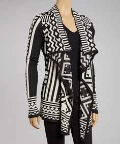 Take a look at the Simply Couture Black & White Tribal Open Cardigan - Women on today! Cardigan Tribal, Open Cardigan, Sweater Weather, Cardigans For Women, What To Wear, Ideias Fashion, Menswear, Dresses With Sleeves, Black And White