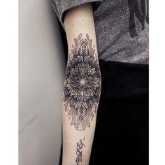 #armtattoo by @kristiwallsnyc /// #Equilattera #Miami #Tattoo #Tattoos #Tat #Tatuaje #tattooed #Tattooartist #Tattooart #tattoolife #tattooflash #tattoodesign #tattooist #tattooer #tatted #tattedup #tattoooftheday #instatattoo #ink #inked #inkedup #art #linework #dotwork #blackwork #blackink #mandala #mandalatattoo #geometrictattoo  Posted by @WazLottus