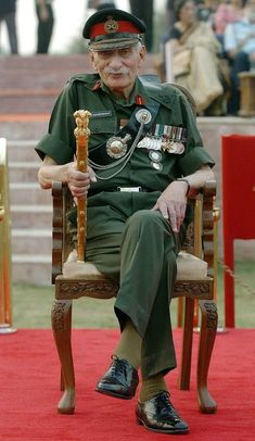 Retired Field Marshal Sam Manekshaw attends a military parade in New Delhi 23 October The event marked the first ever conclave of former chiefs of India's million-plus military. Manekshaw is. Indian Army Special Forces, Special Forces Of India, Indian Army Recruitment, Army Photography, Indian Army Quotes, Indian Army Wallpapers, Army Pics, Mexican Army, Tactical Wear