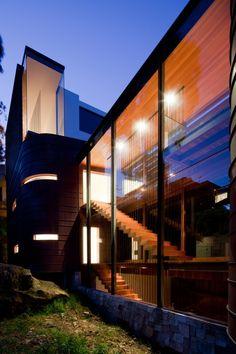 Chinaman's Beach House / Fox Johnston