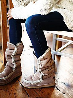 Billedresultat for mou boots Mou Boots, Bootie Boots, Moccasin Boots, Cowgirl Boots, Western Boots, Riding Boots, Botas Outfit, Cute Shoes, Me Too Shoes