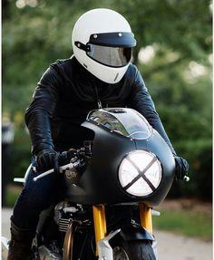 Triumph Thruxton R custom Cafe Racer