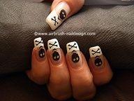 Halloween skull as airbrush fingernail design - Nail art 135