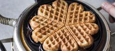 Gluteeniton ja maidoton vohvelitaikina Dairy Free, Gluten Free, Just Eat It, Joko, Waffle Iron, I Love Food, Food Pictures, Food Inspiration, Waffles