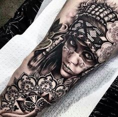 Today, millions of people have tattoos. From different cultures to pop culture enthusiasts, many people have one or several tattoos on their bodies. While a lot of other people have shunned tattoos… Bild Tattoos, Leg Tattoos, Black Tattoos, Body Art Tattoos, Tattoos For Guys, Sleeve Tattoos, Maori Tattoos, Tattos, Chicanas Tattoo