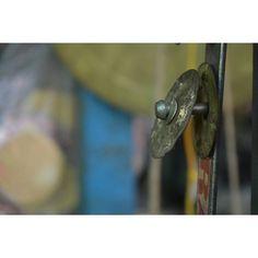 Loner Reality Locus Part_2 . . #travel #_soi #photographer #instagram #everydayeverywhere #myshortstories #greatoutdoors #incredibleindia #photography #photooftheday #all_shots #capture #shotonmoment #natgeotravel #vscotravel #enjoylittlethings #india #gujarat #nikon #iamnikon #single #object #focus #metal #rings #snapshot #blur #vsco #aov #shotaward