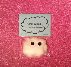 Pet cloud / wedding favors / wedding favours / quirky gifts / children / weird s. Pet cloud / wedding favors / wedding favours / quirky gifts / children / weird stuff / unusual gifts Source by rileymeerman Diy Gifts For Friends, Bff Gifts, Kids Gifts, Santa Gifts, Funny Friend Gifts, Silly Gifts, Funny Xmas Gifts, Weird Gifts, Funny Presents