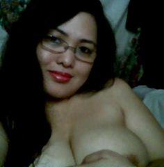 Mrs Reni Tante Girang hangat dari  Indonesia  http://tantegirang.mobi
