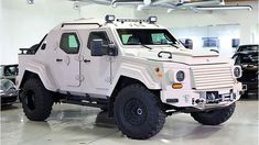 Today, Author: Anatoly Grebenyuk, What it 2012 Terradyne Gurkha, is asked by you? It is the armored car based on Ford XL manufactured. Ford F550, Armored Truck, All Terrain Tyres, Grand Theft Auto, Armored Vehicles, Rolls Royce, Old Cars, Luxury Cars, Pickup Trucks