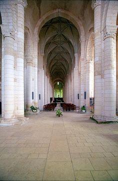 Saint Jouin de Marnes;