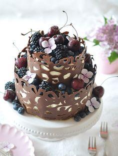 Caketime by Tamaris: No-bake Beeren-Torte mit Schokorand