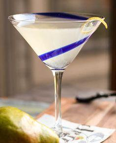 Ginger-Pear Martini  Ice 2 oz Absolut Pears Vodka ½ oz Domaine De Canton Ginger Liqueur 1 oz Simple Syrup 1 oz lemon juice Lemon twist for garnish