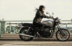 Triumph Bonneville - The 10 Best Beginner Motorcycles | Complex