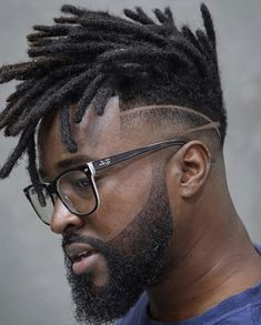 ・・・ Great Talent from 🇧🇷 . Black Fade Haircut, Black Hair Cuts, Black Men Haircuts, Black Men Hairstyles, Hair And Beard Styles, Curly Hair Styles, Dreadlock Hairstyles For Men, Mens Dreadlock Styles, Short Dreads