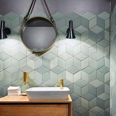 Bathroom tiles, ideas for stylish bathroom walls and floors. Contemporary Bathrooms, Modern Bathroom, Small Bathroom, Bad Inspiration, Bathroom Inspiration, Bathroom Faucets, Bathroom Wall, Bathroom Cabinets, Bathroom Ideas