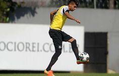 """Stéfano Yuri quer """"corrigir erros"""" para voltar ao time principal do Santos  http://santosfutebolarte.omb10.com/SantosFutebolArte/placar-de-coritiba-x-santos"""