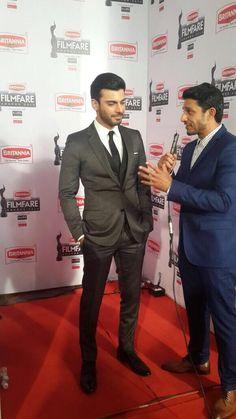 Yudi Interviewing Fawad Khan Pic !!! #BritanniaFilmfareAwards | 4298986 | Airlines - Har Udaan Ek Toofan Forum