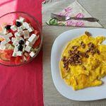 Continuăm astăzi cu meniuri noi pentru dieta ketogenică. Așa cum este normal, începem cu 10 idei pentru un mic dejun sănătos, sățios și ketogenic! Curat ketogenic, mon Cher! (TM). Mon Cheri