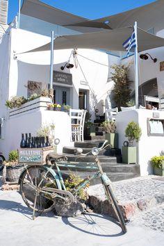 Stacie Flinner Travel Guide Santorini