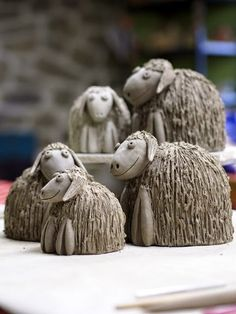 A ceramic flock of sheep Pottery Animals, Ceramic Animals, Clay Animals, Hand Built Pottery, Slab Pottery, Ceramic Pottery, Cerámica Ideas, Pottery Houses, Sheep Crafts