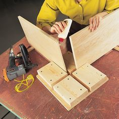 Woodworking Joinery Clamping and Gluing Tips and Tricks - Construction Pro Tips.Woodworking Joinery Clamping and Gluing Tips and Tricks - Construction Pro Tips Woodworking Workbench, Woodworking Workshop, Woodworking Projects Diy, Diy Wood Projects, Woodworking Shop, Wood Crafts, Woodworking Jigsaw, Popular Woodworking, Woodworking Furniture