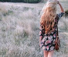 The Country City Girl: Vintage Summer Photography Boho Hairstyles, Pretty Hairstyles, Modern Hairstyles, Vintage Summer Photography, Photography Ideas, Fashion Photography, Pattern Photography, Inspiring Photography, How To Grow Your Hair Faster