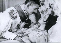 Lelíček ve službách Sherlocka Holmesa, 1932 (režie Karel Lamač) Vlasta Burian a Lída Baarová