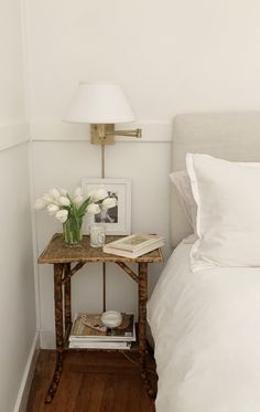 Decor, Home Decor Inspiration, Beige Bedroom Decor, Interior, Home Bedroom, Neutral Bedroom Decor, Bedroom Design, Home Decor, House Interior