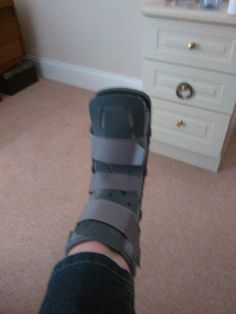 Y do they call this a moon boot???????????