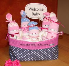 Welcome baby: cute baby shower decoration and diaper gift for little girls Diaper Cakes Tutorial, Cake Tutorial, Baby Shower Crafts, Baby Shower Decorations, Little Girl Gifts, Little Girls, Baby Congratulations Messages, Best Baby Gifts, Welcome Baby