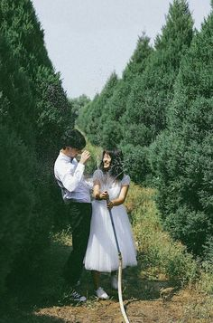 Couple Posing, Couple Shoot, Wedding Goals, Dream Wedding, Couple Photography Poses, Wedding Photography, Korean Couple, Pre Wedding Photoshoot, Couple Aesthetic