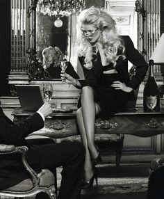 Dom Perignon is a favorite Champagne of many top celebs such as Claudia Schiffer Paris HIlton and Marilyn Monroe. #DomPerignon #champagne #ClaudiaSchiffer #ParisHilton #MarilynMonroe