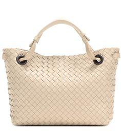 mytheresa.com - Shopper aus Intrecciato-Leder - Luxury Fashion for Women / Designer clothing, shoes, bags