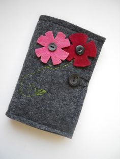 Felt Tea Wallet With Floral Applique from SarahsStitchesMI on @Etsy @Sarah Chintomby Palmeter