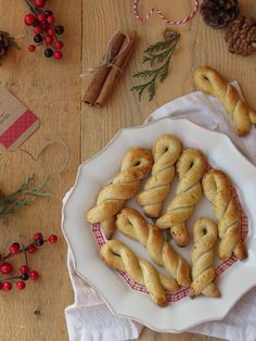 Oito dias para o Natal. Oito dias verdadeiramente repletos de azáfama e coisas boas a saírem da minha pequena cozinha. Cookbook Recipes, My Recipes, Sweet Recipes, Cookie Recipes, Biscuits, Cookie Crisp, Muffins, Portuguese Recipes, How Sweet Eats
