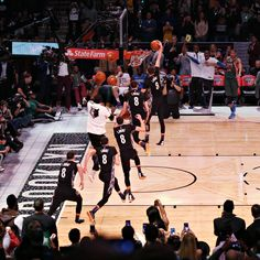 LaVine Wins Dunk Contest With Effortless Style - THE NEW YORK TIMES #LaVine, #Dunking