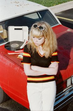 don't you wish you had some more?: Oyster #99: Tavi Gevinson x Petra Collins