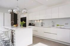 High gloss lacquer kitchen with island