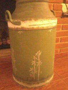 Latão de leite (Bambu)...