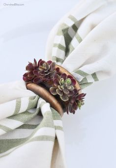 With just a few supplies you can create these beautiful succulent napkin rings…