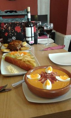 Salmorejo, flamenquín, rabo de toro ( #Córdoba)