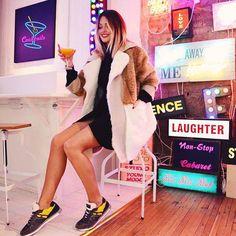 La blogueuse #CarolineReceveur participe à la nouvelle campagne orchestrée par la marque #Hogan , #HoganClub.